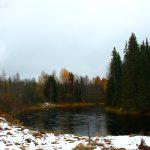 Первый снег на реке
